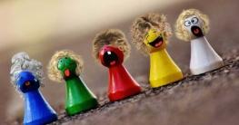 verschiedenfarbige Spielsteine für den Artikel