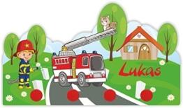Kindergarderobe mit Namen und Feuerwehr